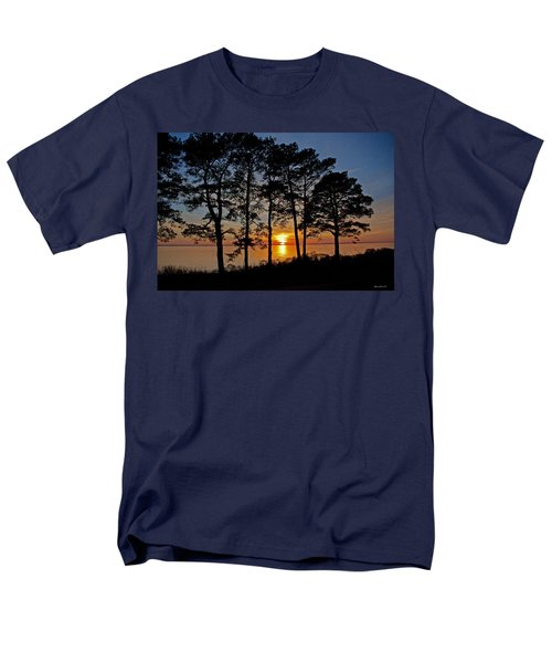 James River Sunset Men's T-Shirt  (Regular Fit) by Suzanne Stout