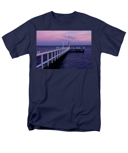 Manns Beach Jetty Men's T-Shirt  (Regular Fit) by Evelyn Tambour