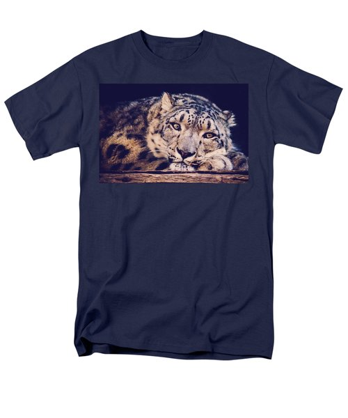 Snow Leopard Men's T-Shirt  (Regular Fit)