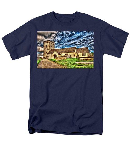 St Sannans Church Bedwellty Men's T-Shirt  (Regular Fit)