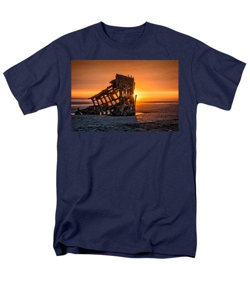 Sunset Peter Iredale Men's T-Shirt  (Regular Fit) by James Hammond