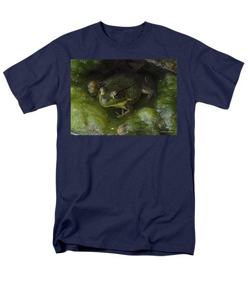 The Frog Men's T-Shirt  (Regular Fit) by Verana Stark