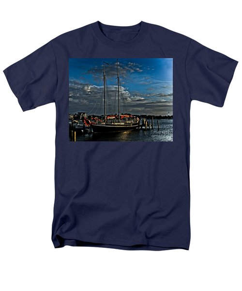 Ready To Sail Men's T-Shirt  (Regular Fit) by Ronald Lutz