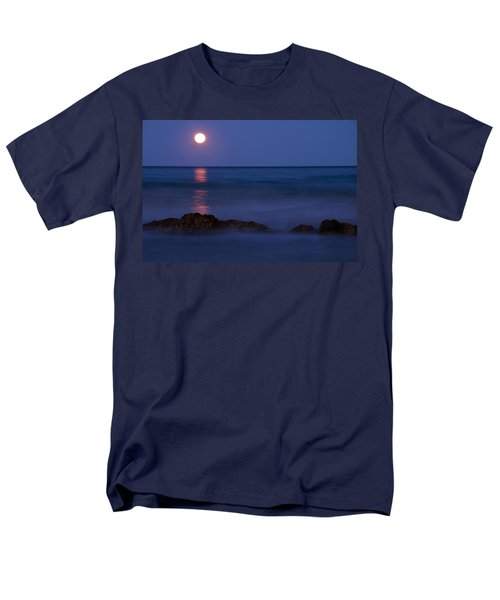 Wells Beach Maine Moonrise Men's T-Shirt  (Regular Fit) by Glenn Gordon