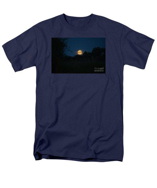 Men's T-Shirt  (Regular Fit) featuring the photograph Blue Moon 2015 by Mark McReynolds