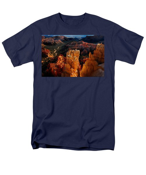 Bryce Canyon Men's T-Shirt  (Regular Fit) by Harry Spitz