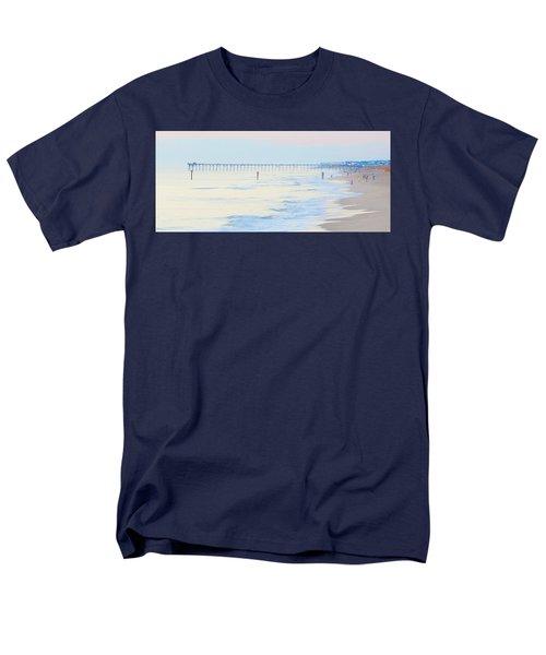 Carolina Beach Thanksgiving Day Men's T-Shirt  (Regular Fit) by Glenn Gemmell
