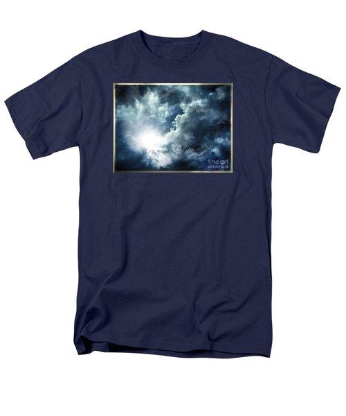 Chink Of Light - Spiraglio Di Luce Men's T-Shirt  (Regular Fit) by Zedi