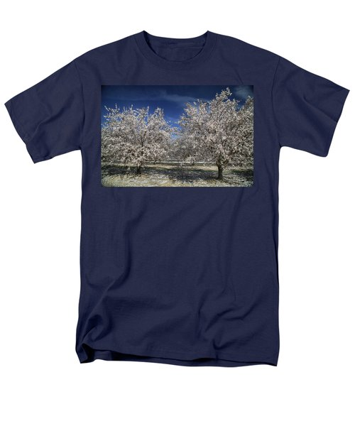Men's T-Shirt  (Regular Fit) featuring the photograph Hopes And Dreams by Laurie Search