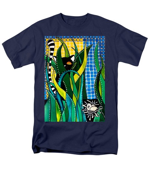 Hunter In Camouflage - Cat Art By Dora Hathazi Mendes Men's T-Shirt  (Regular Fit)