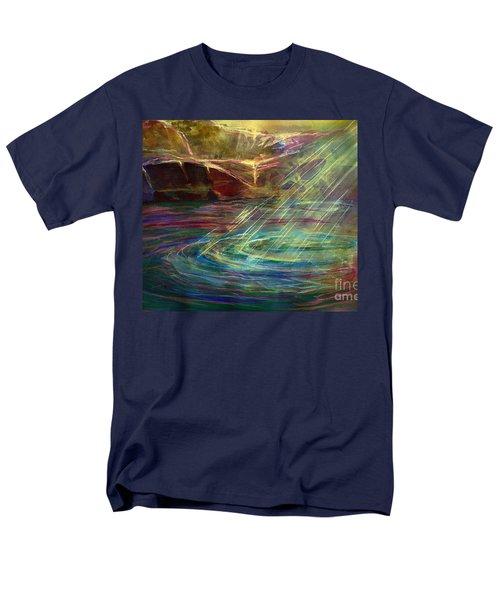 Light In Water Men's T-Shirt  (Regular Fit)