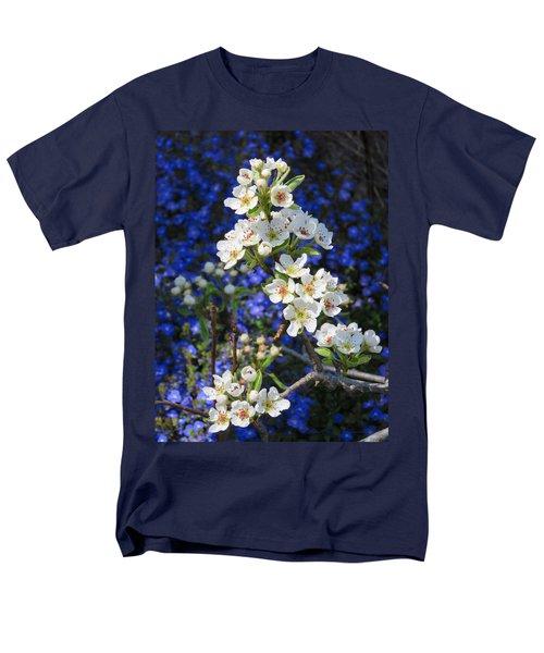 Pear Blossoms And Georgia Blue 2 Men's T-Shirt  (Regular Fit) by Brooks Garten Hauschild