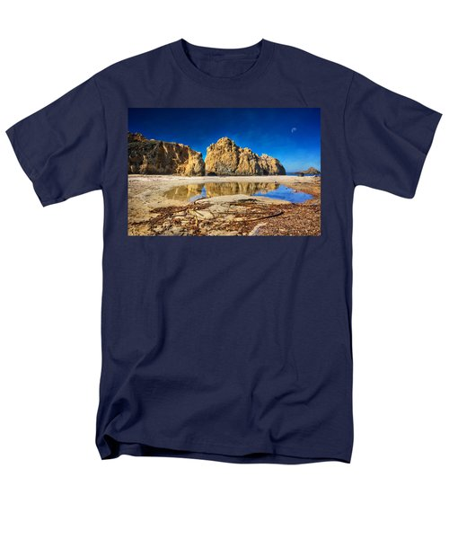 Men's T-Shirt  (Regular Fit) featuring the photograph Pheiffer Beach - Keyhole Rock #16 - Big Sur, Ca by Jennifer Rondinelli Reilly - Fine Art Photography