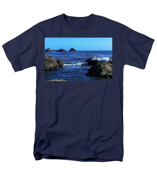 Men's T-Shirt  (Regular Fit) featuring the photograph Roll Tide Roll by B Wayne Mullins