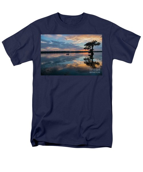 Men's T-Shirt  (Regular Fit) featuring the photograph Sundown Kayaking At Lake Martin Louisiana by Bonnie Barry
