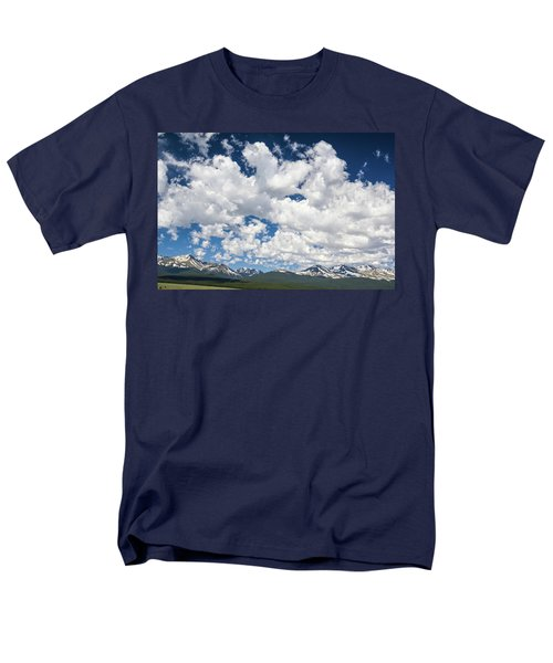 The Mid Point Between Ante Meridiem And Post Meridiem, Between A.m. And P.m.  Men's T-Shirt  (Regular Fit)