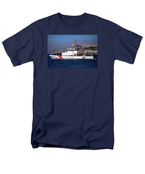 Uscg Hawksbill Patrols San Francisco Bay During Fleet Week Men's T-Shirt  (Regular Fit)