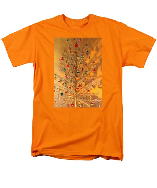 An Old Fashioned Christmas - Aluminum Tree Men's T-Shirt  (Regular Fit) by Suzanne Gaff