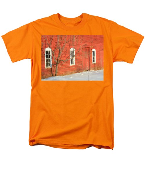 Men's T-Shirt  (Regular Fit) featuring the photograph Barnwall In Winter by Rodney Lee Williams