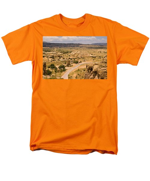 Eastern Mesa View Men's T-Shirt  (Regular Fit) by James Gay