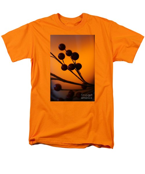 Men's T-Shirt  (Regular Fit) featuring the photograph Holiday Warmth 3 by Linda Shafer