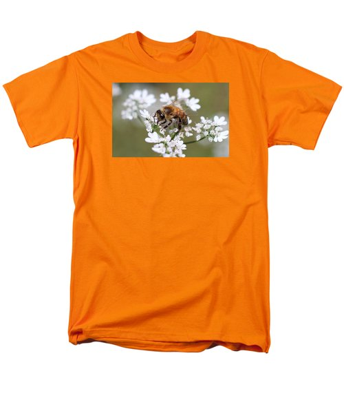 Honeybee On Cilantro Men's T-Shirt  (Regular Fit) by Lucinda VanVleck