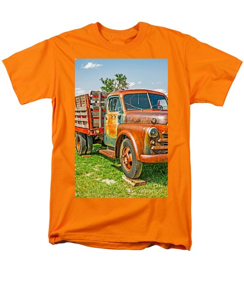 Old Dually Men's T-Shirt  (Regular Fit) by Sue Smith