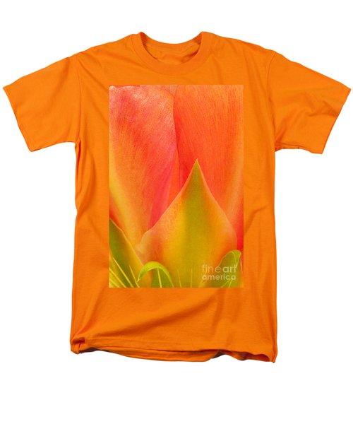 Men's T-Shirt  (Regular Fit) featuring the photograph Prickly Pear Flower Petals Opuntia Lindheimeni In Texas by Dave Welling