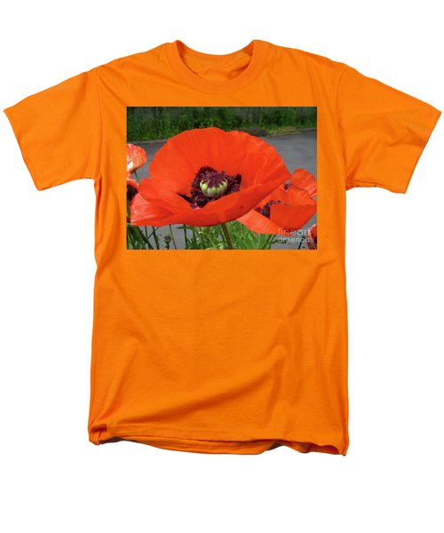 Red Poppy Men's T-Shirt  (Regular Fit) by Barbara Griffin