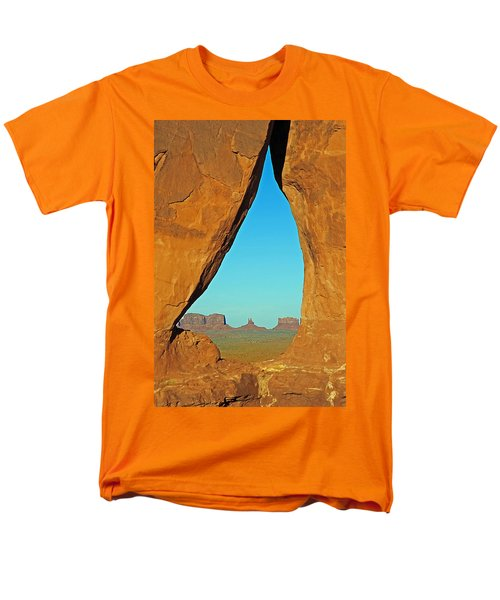 Tear Drop Arch Monument Valley Men's T-Shirt  (Regular Fit)