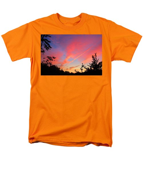 Men's T-Shirt  (Regular Fit) featuring the photograph The Color Gets Good by Kathryn Meyer