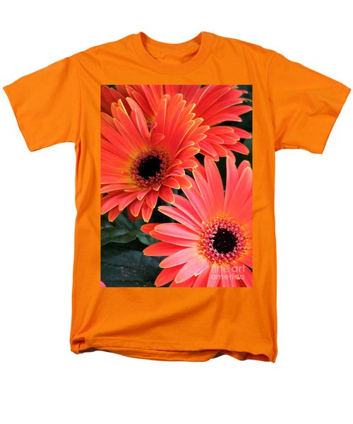 Men's T-Shirt  (Regular Fit) featuring the photograph Gerbera Bliss by Rory Sagner