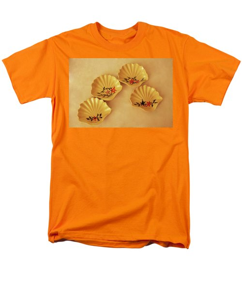 Little Shell Plate Men's T-Shirt  (Regular Fit) by Itzhak Richter