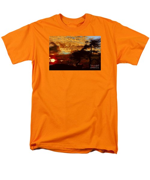 Sechelt Tree 2 Men's T-Shirt  (Regular Fit) by Elaine Hunter
