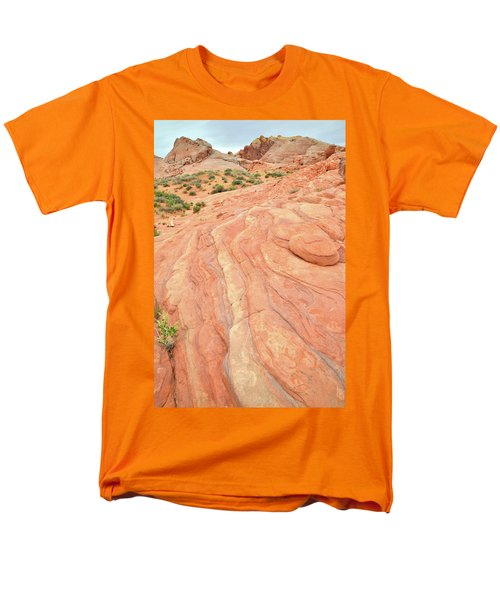 Men's T-Shirt  (Regular Fit) featuring the photograph Wave Of Color In Valley Of Fire by Ray Mathis