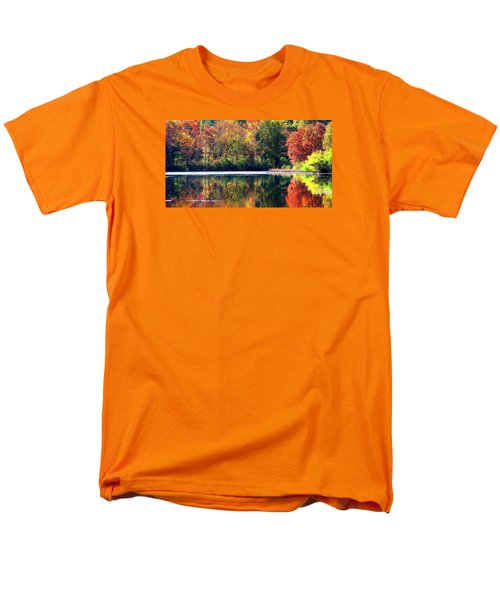 Men's T-Shirt  (Regular Fit) featuring the photograph Autumn At Laurel Lake by Angela Davies