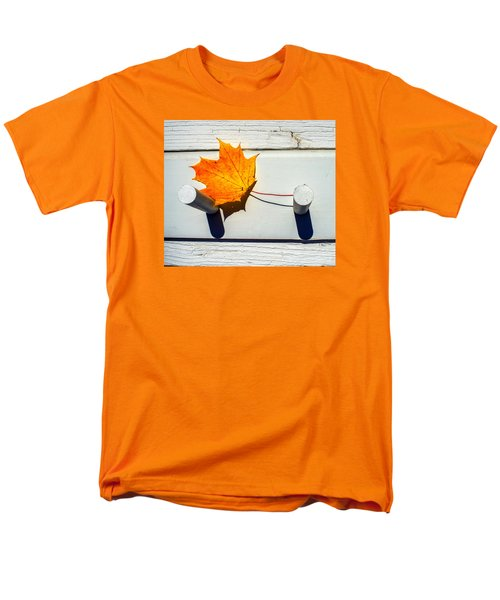 Men's T-Shirt  (Regular Fit) featuring the photograph Autumn Leaf On Pegs by Gary Slawsky