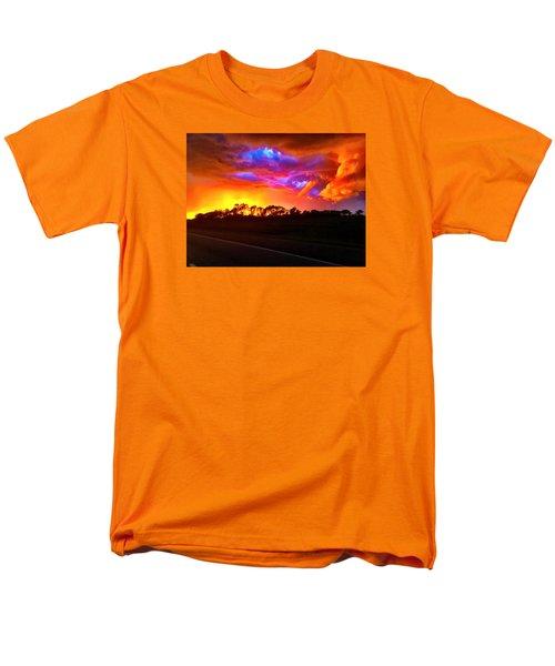 Borderline Men's T-Shirt  (Regular Fit) by Zafer Gurel