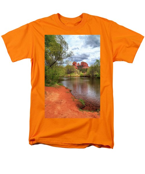 Men's T-Shirt  (Regular Fit) featuring the photograph Cathedral Rock From Oak Creek by James Eddy