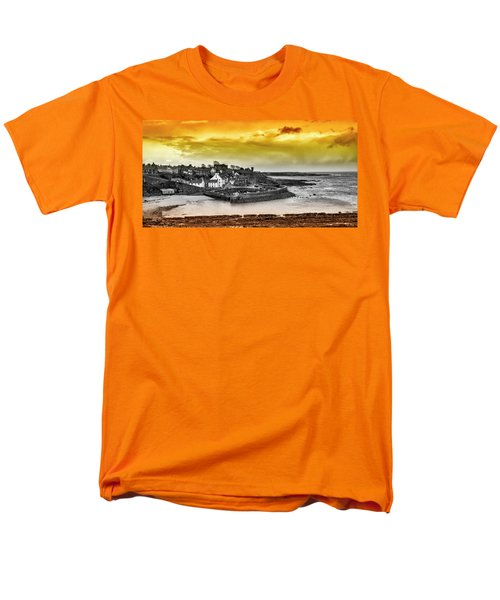 Crail Harbour Men's T-Shirt  (Regular Fit) by Jeremy Lavender Photography