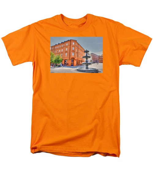 Men's T-Shirt  (Regular Fit) featuring the photograph Fountain by Uri Baruch