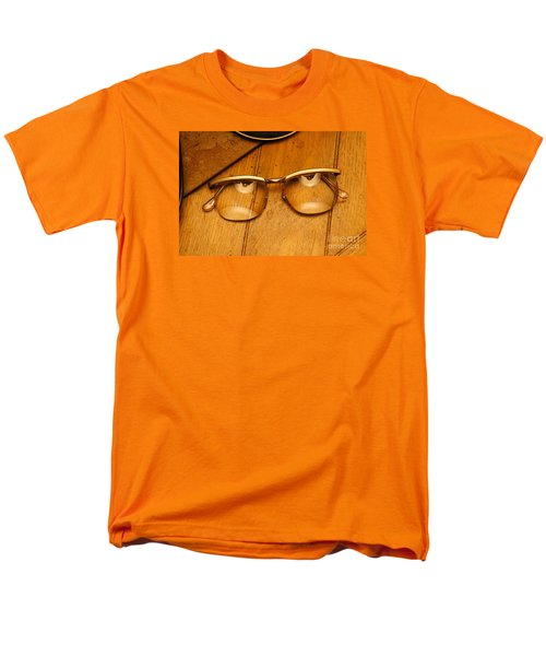 Here's Looking At You Men's T-Shirt  (Regular Fit) by Paul  Wilford