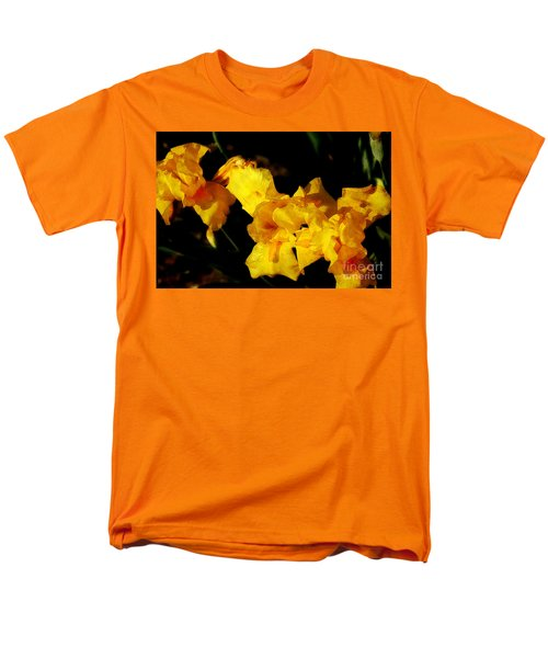 Irises Men's T-Shirt  (Regular Fit)