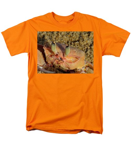 Lamu Island - Crab - Close Up 1 Men's T-Shirt  (Regular Fit) by Exploramum Exploramum