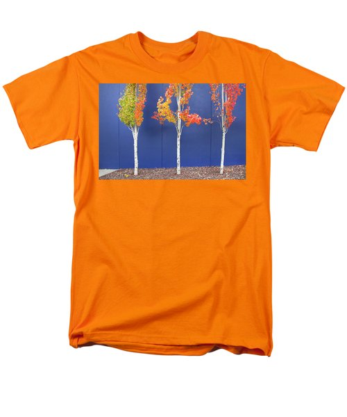 Men's T-Shirt  (Regular Fit) featuring the photograph Now Showing by Theresa Tahara