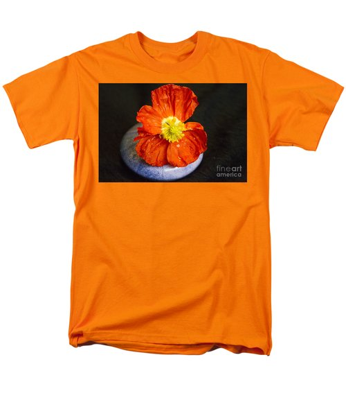 Men's T-Shirt  (Regular Fit) featuring the photograph Raindrops On Poppy  by Jeanette French
