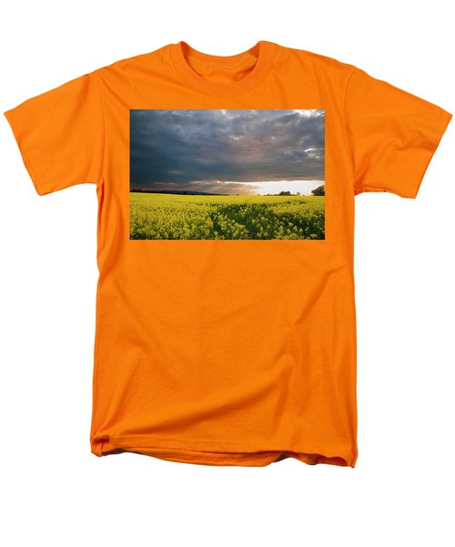 Rays At Sunset Men's T-Shirt  (Regular Fit)
