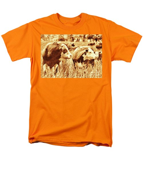 Men's T-Shirt  (Regular Fit) featuring the photograph Simmental Bull 3 by Larry Campbell