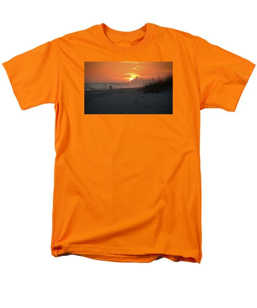 Men's T-Shirt  (Regular Fit) featuring the photograph Sinking Into The Horizon by Renee Hardison