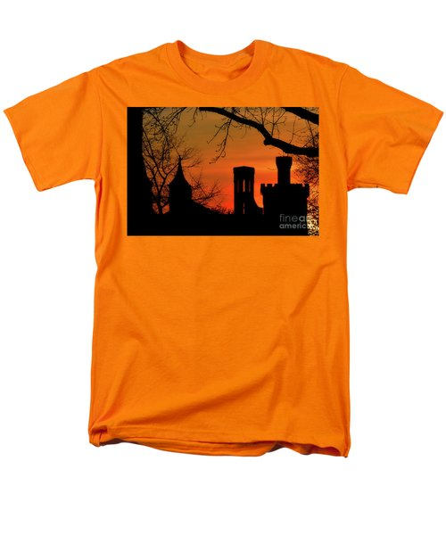 Smithsonian Castle Men's T-Shirt  (Regular Fit) by Luv Photography